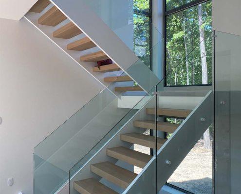moderne-1-escaliers-j-desjardins