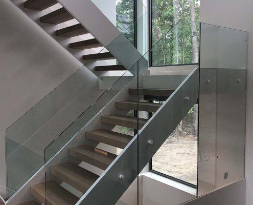 moderne-2-escaliers-j-desjardins